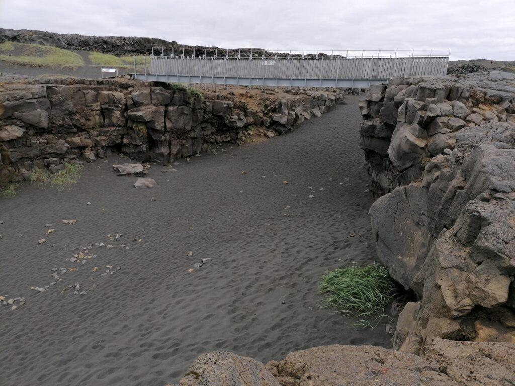 Penisola di Keflavik il ponte tra continenti