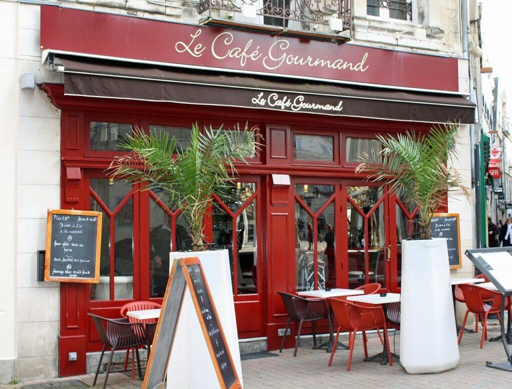 al ristorante_visitare_la _Francia
